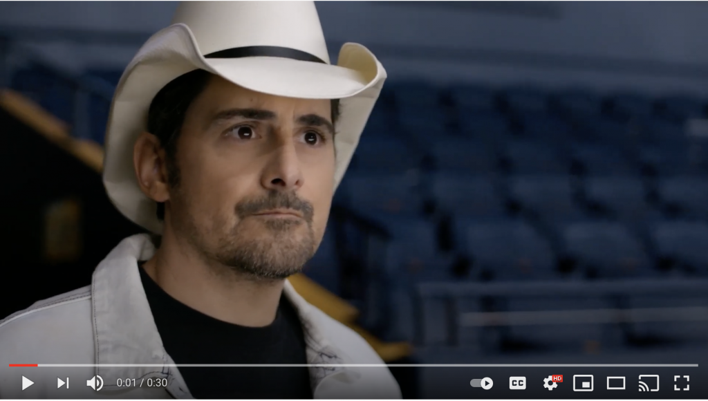 Brad Paisley encourages fans to take the vaccine